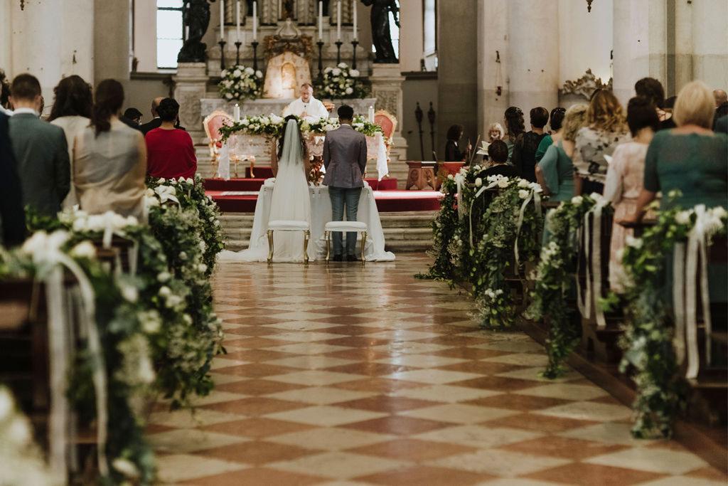 La navata centrale della Chiesa del Redentore a Venezia durante un matrimonio